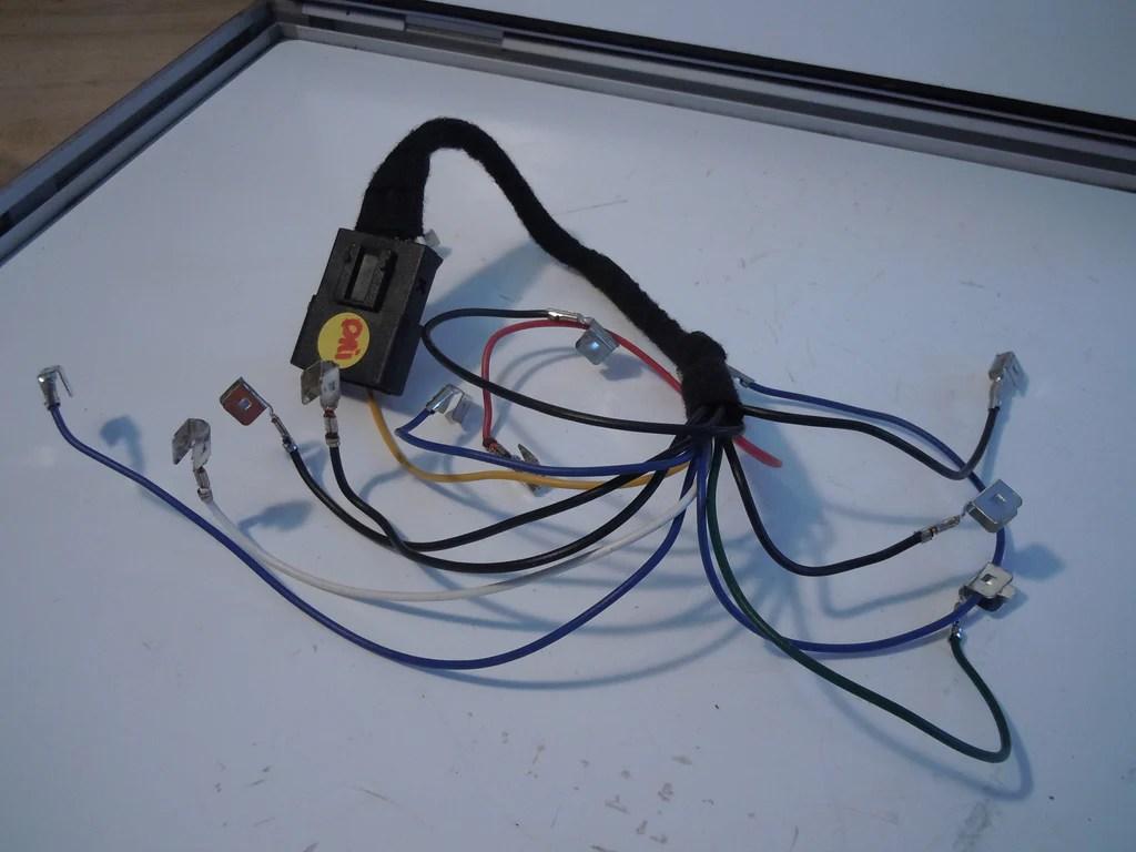 hight resolution of maserati quattroporte drivers tail light wire harness u2013 maseratimaserati quattroporte drivers tail light wire harness