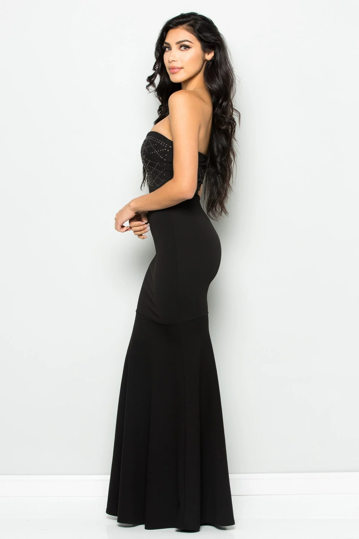 Beaded Sweetheart Mermaid Tail Gown In Black Yuccie