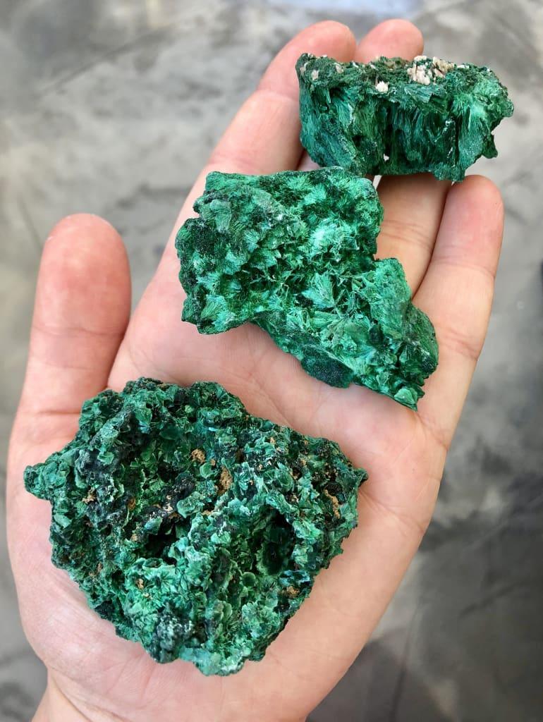 What Does Malachite Look Like : malachite, Malachite, Stone, Velvet, Healing, Crystals, Beginnings