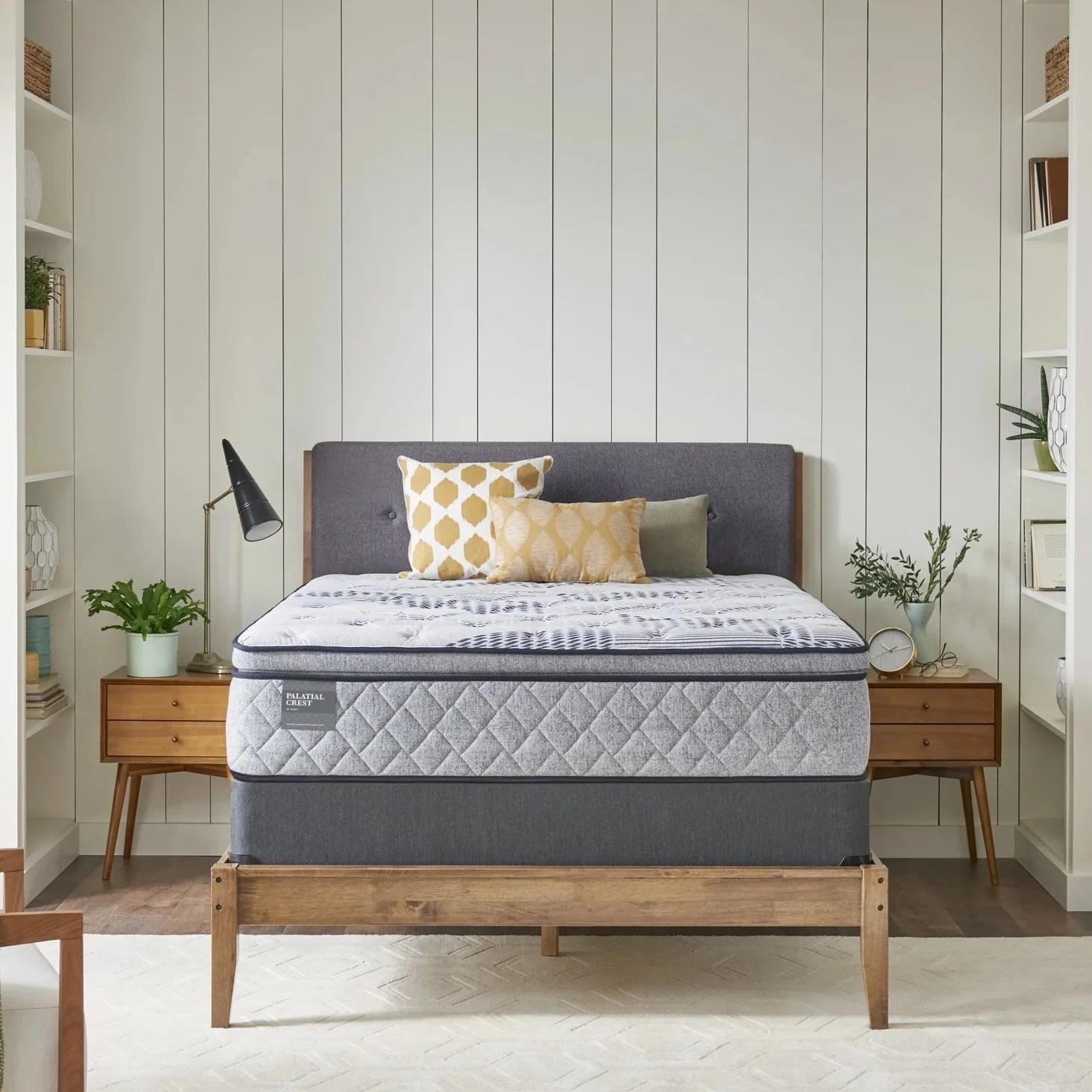 sealy palatial crest heraldry plush pillowtop mattress