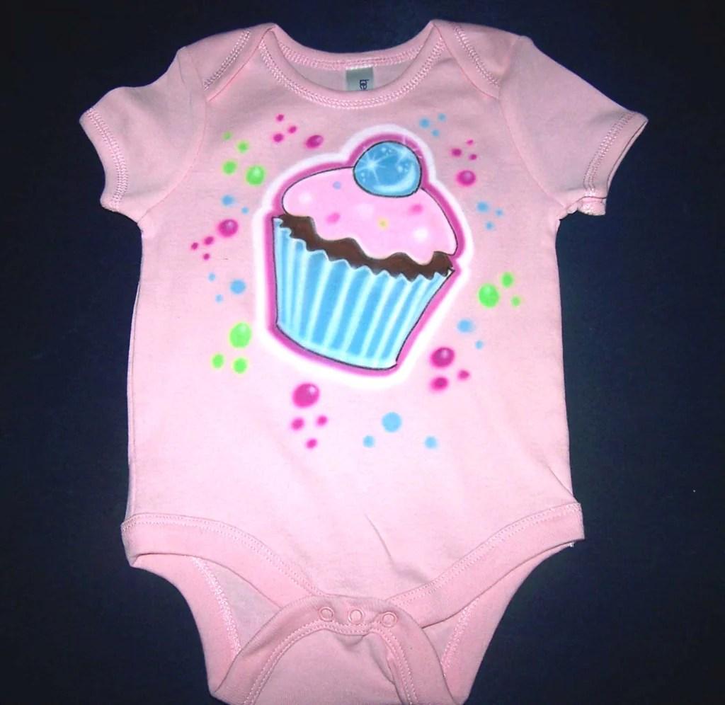 Air Brushed Birthday Shirt Cupcake