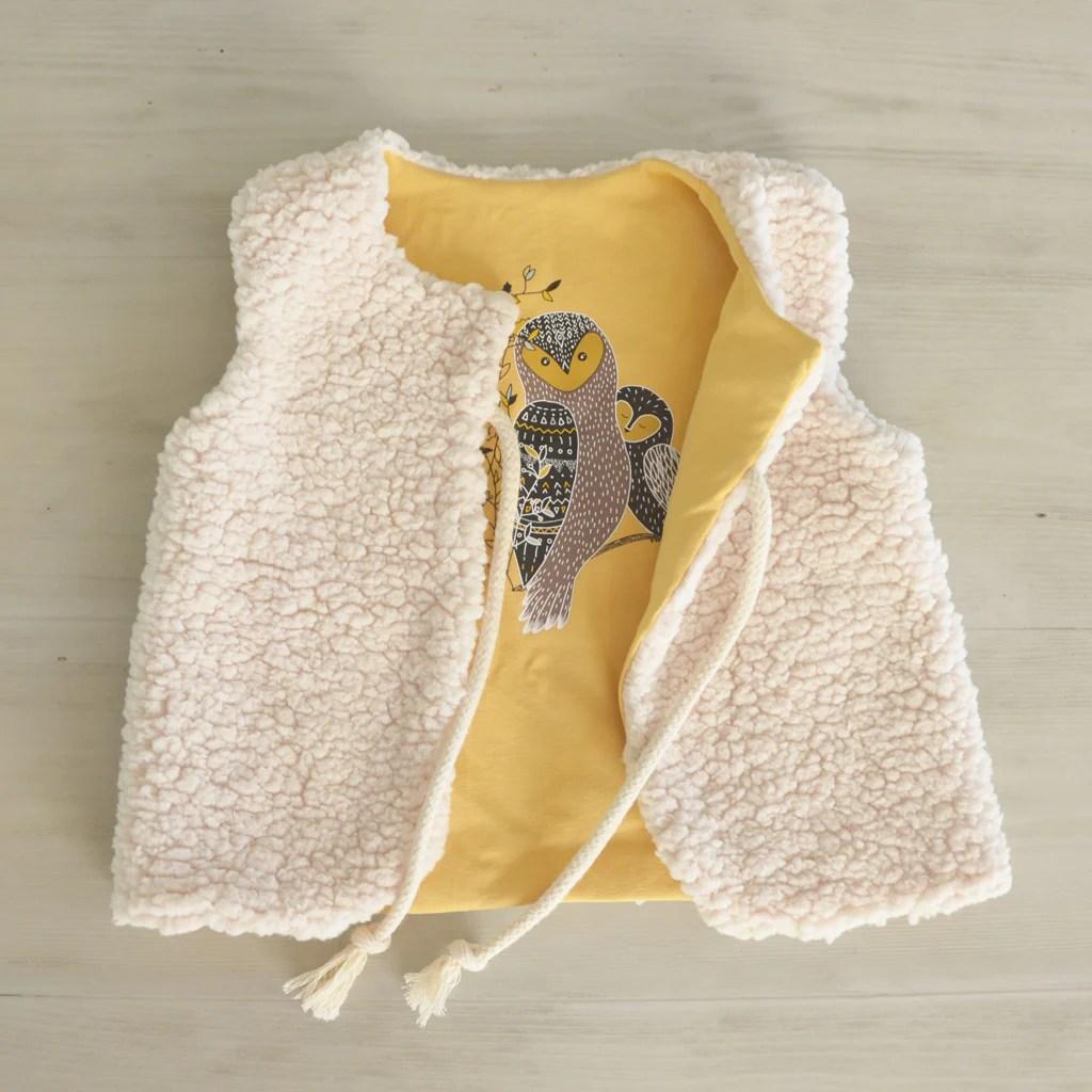 tissu fausse fourrure mouton naturel
