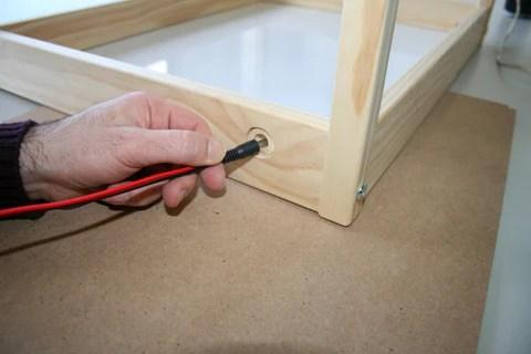 Fabrica tu mesa de luz a partir de la mesa Latt de Ikea