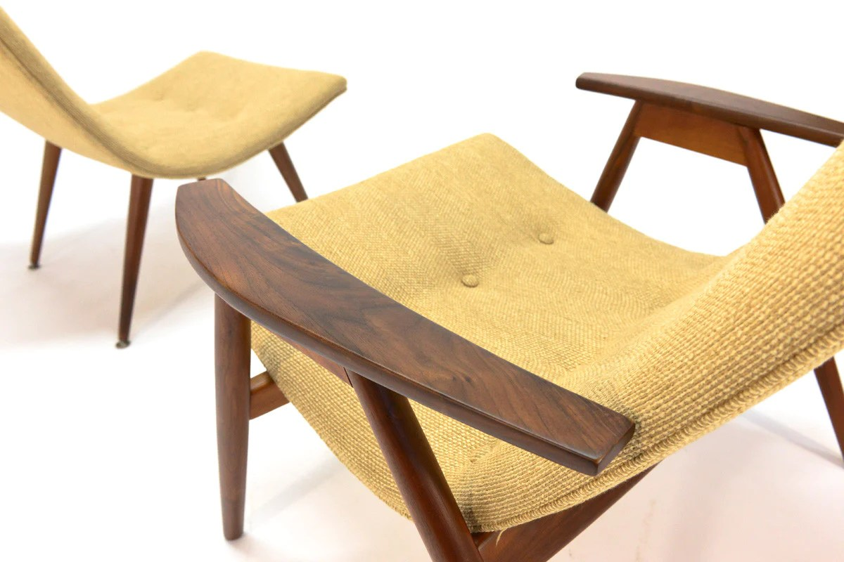 Eggshell Chair Pair Of Allan Gould Eggshell Lounge Chairs Arroyo Artifacts