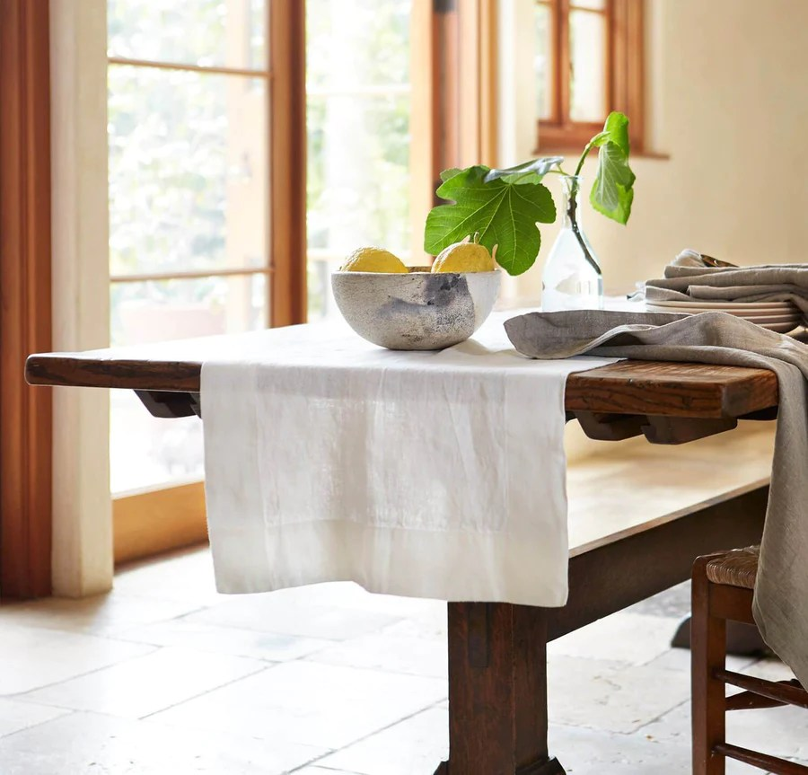 100 pure linen table
