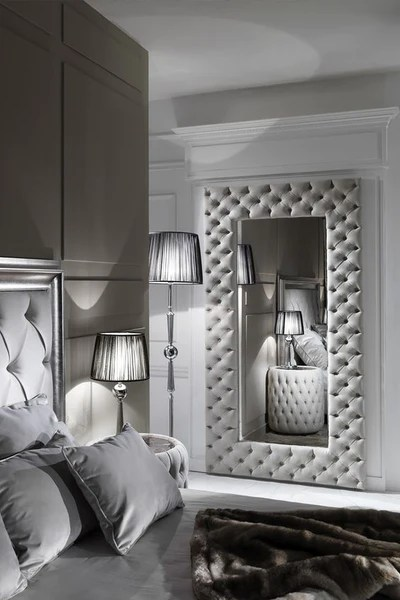 mirrored bedroom furniture deserves the