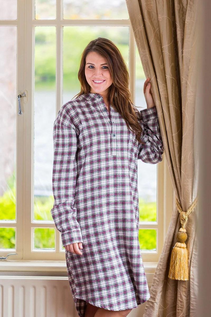 Nightshirt Lee Valley Flannel Ladies  LV7 Maroon Check