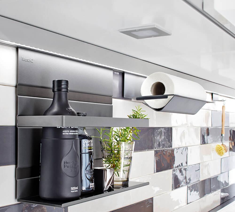 德國工藝 MosaiQ 廚房置物架|防跌落框架款|免打孔廚房置物架|壁掛式收納 – BetterChoice 好德代購