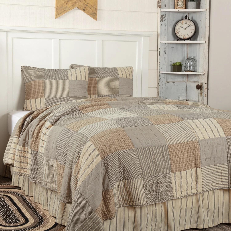 sawyer mill charcoal california king quilt set 1 quilt 130wx115l w 2 shams 21x37