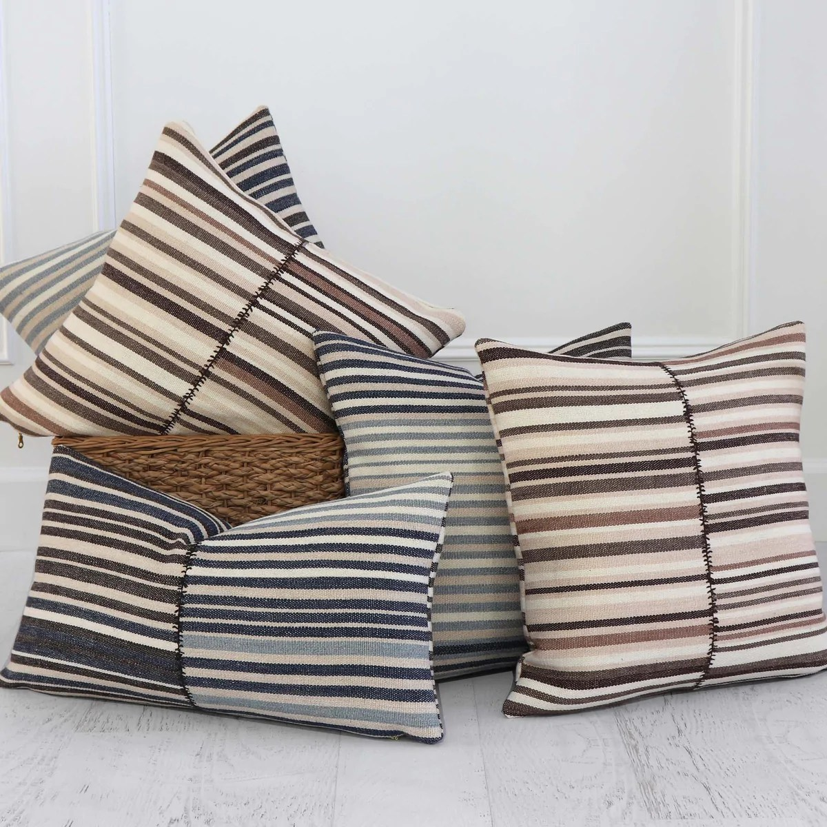 https www chloeandolive com collections 14 x 20 pillows