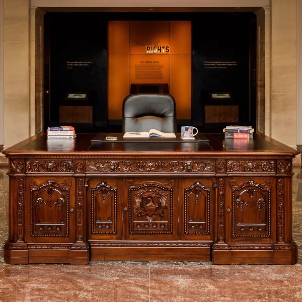 Custom Resolute Desk Replica  National Archives Store