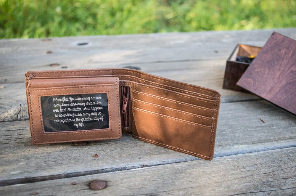 custom leather wallets personalized