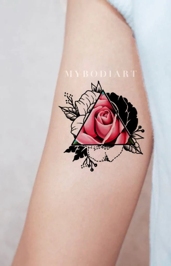 Cool Flower Tattoos : flower, tattoos, Simple, Small, Flower, Tattoos, Ideas, Women, MyBodiArt