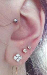 Golden Crystal Star Stud Conch Earring, Tragus Piercing ...