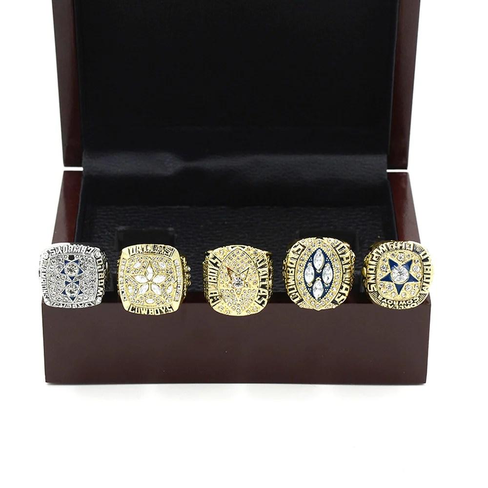 Dallas Cowboys Championship Ring With Wooden Box 1971