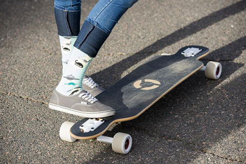 Snowboard Girl Wallpaper Picking The Best Beginner Longboards For Girls Concrete
