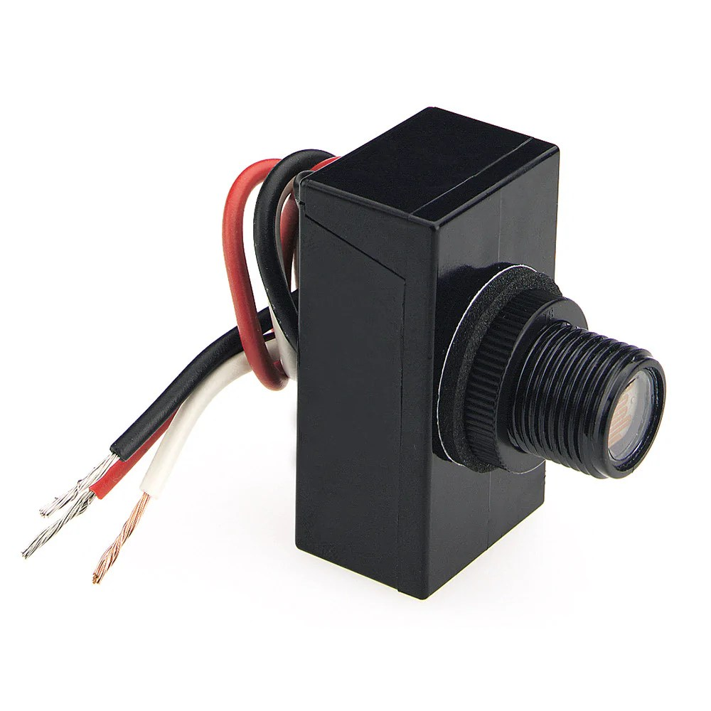 medium resolution of wiring photocell dusk to dawn light at end