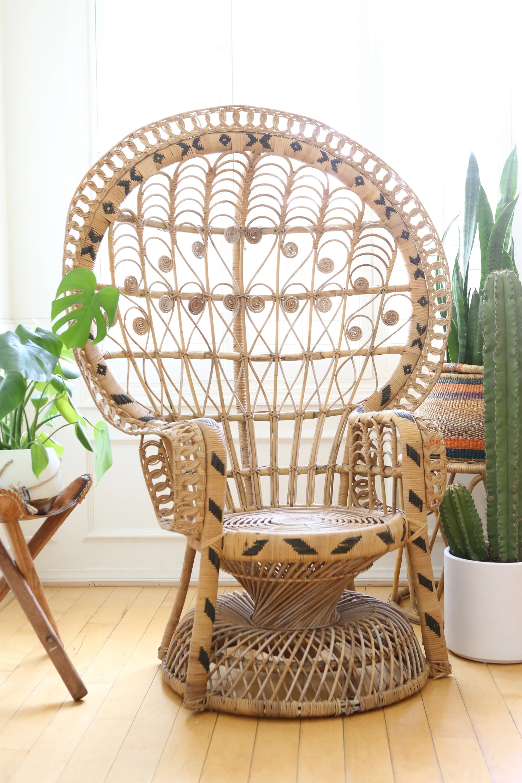 vintage peacock chair tempurpedic desk rattan and wicker no 560