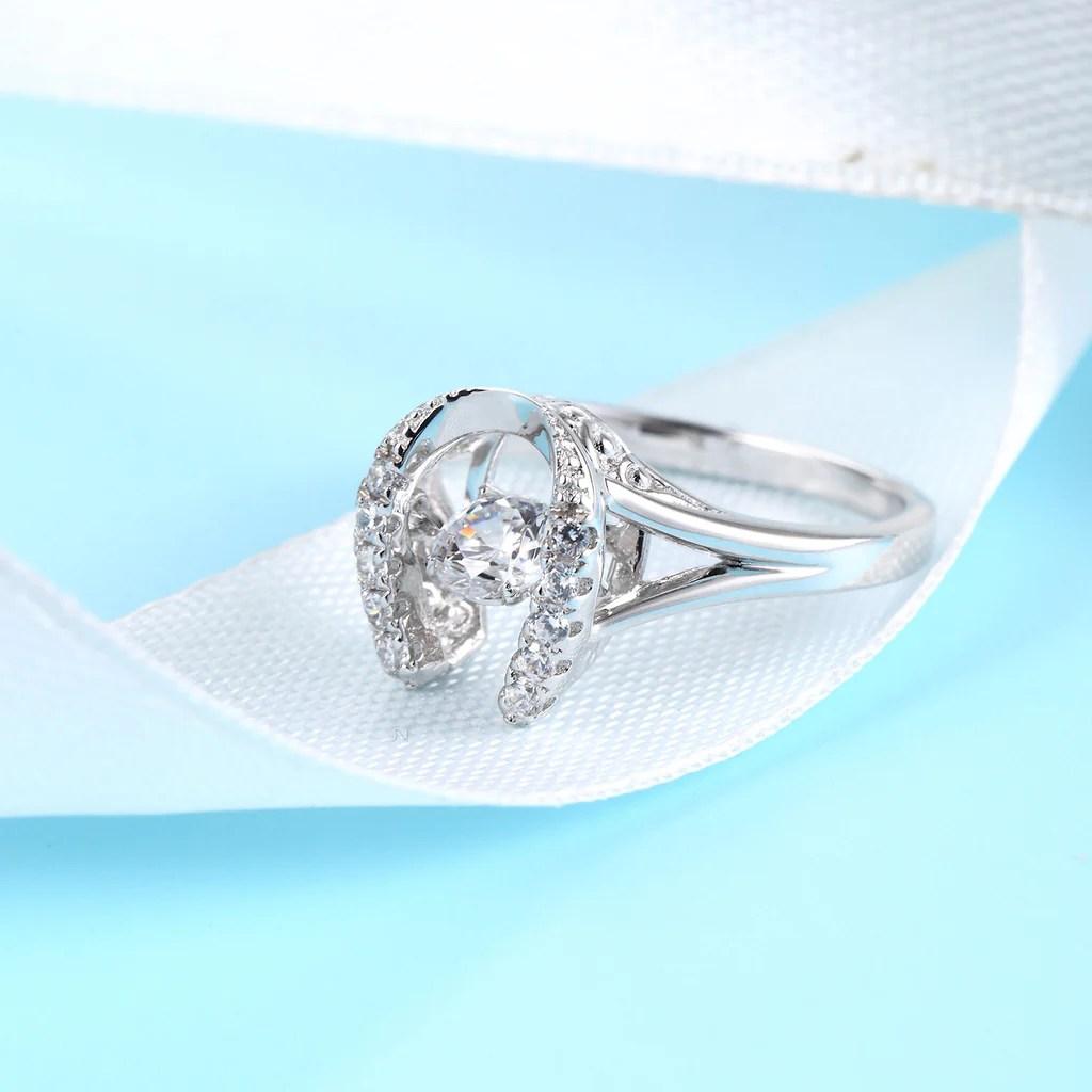 Sterling Silver Horseshoe Diamond Inlaid Dancing Diamond