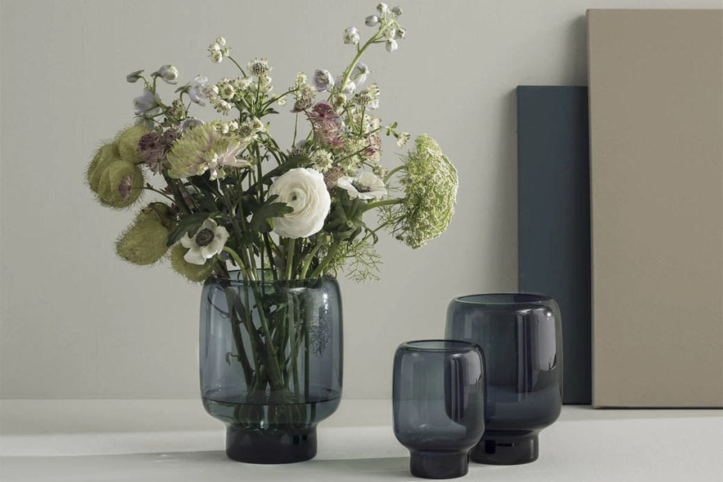 Stelton_Hoop_Vases_Home_Decor.jpg (1200×800)
