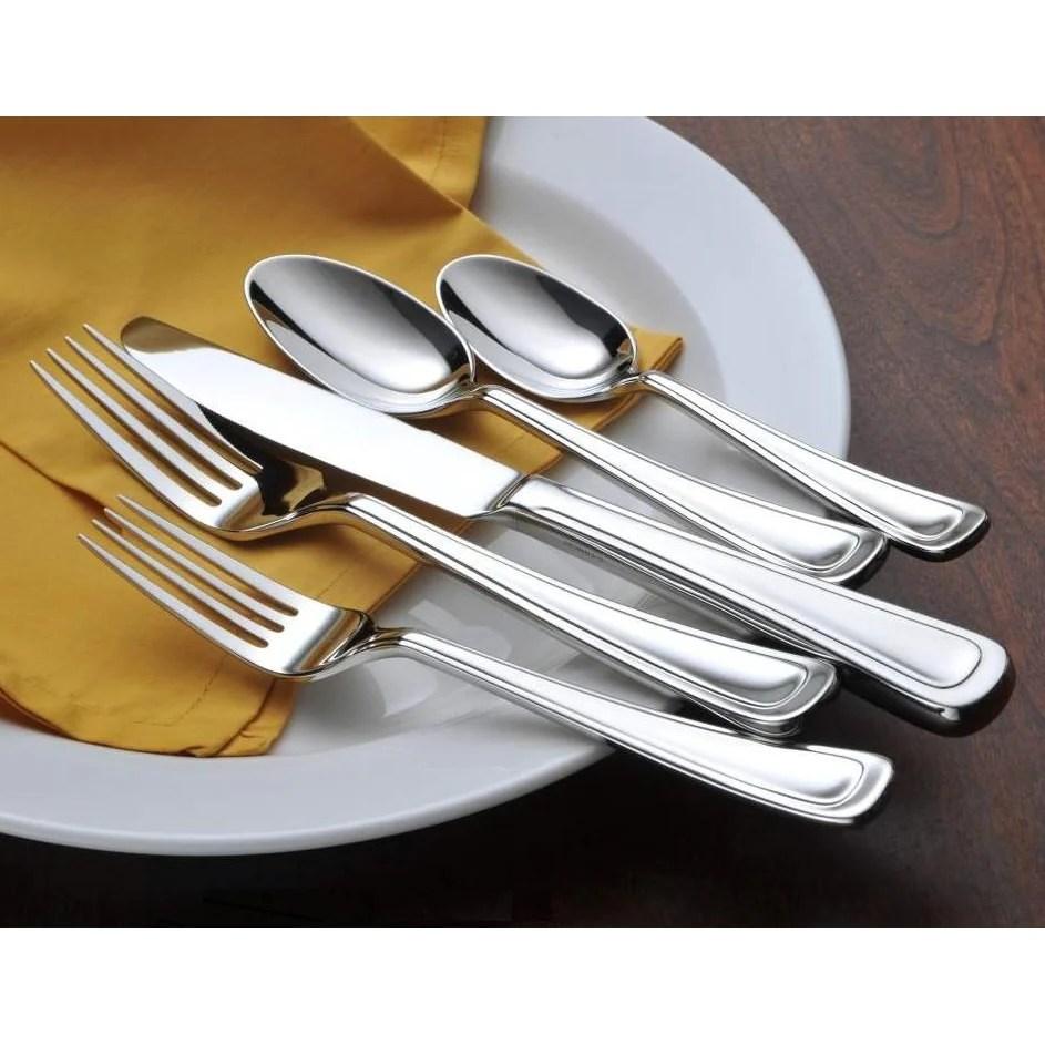 Oneida Cloister 5 Piece Fine Flatware Set Service 1
