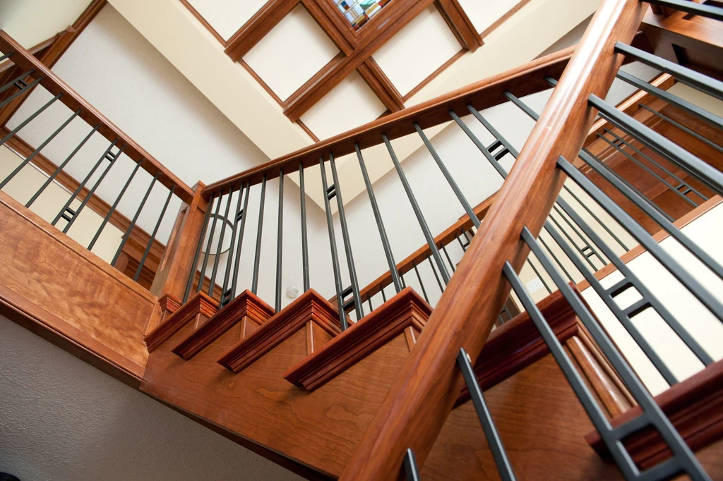 Guide 5 Keys To Unlock Craftsman Design For Your Stairs – Custom | Turned Newel Post Designs | Type | Spiral | Round | Wood Baluster | Black