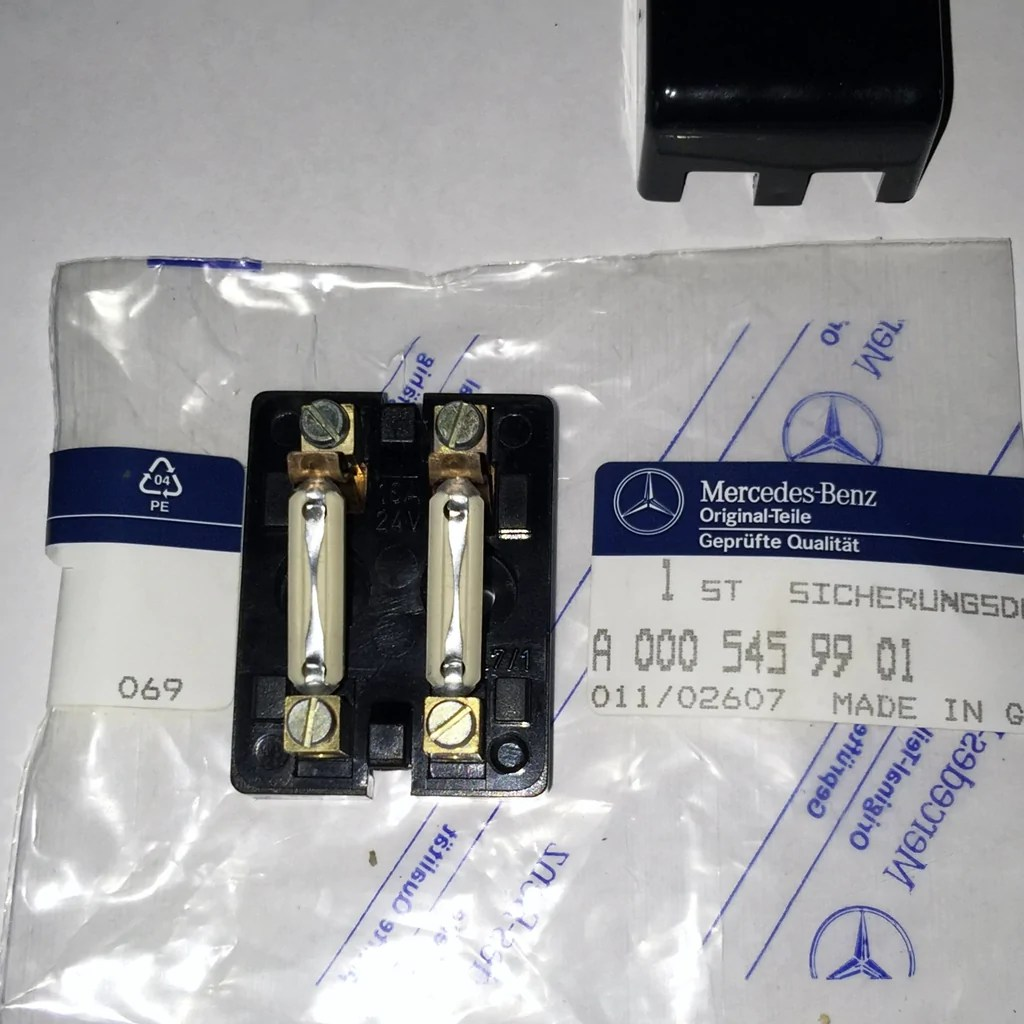new genuine mercedes benz germany auxiliary fuse box w kit cover mount mercedesrareparts [ 1024 x 1024 Pixel ]