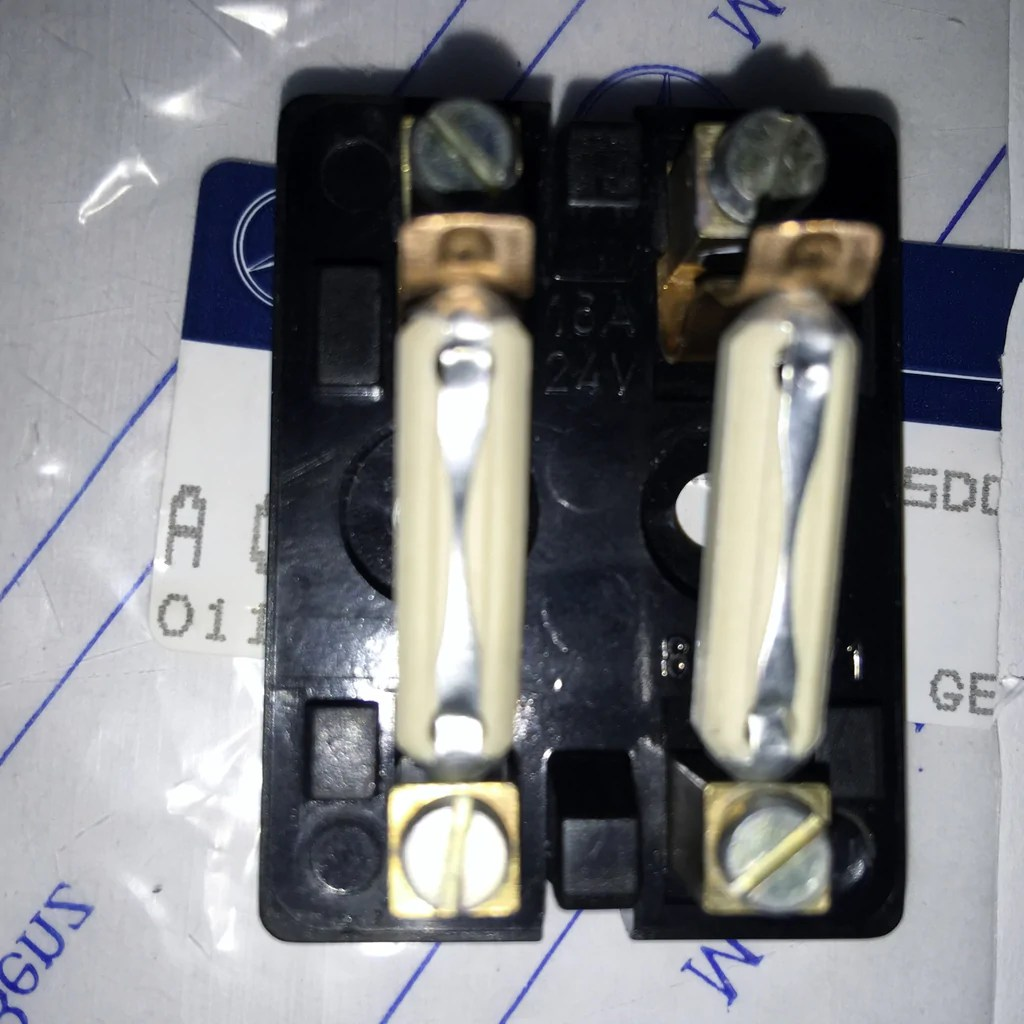 small resolution of 1985 mercede benz fuse box