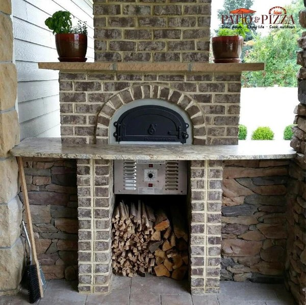 Chicago Brick Oven CBO750 Hybrid Gas  Wood Burning Pizza