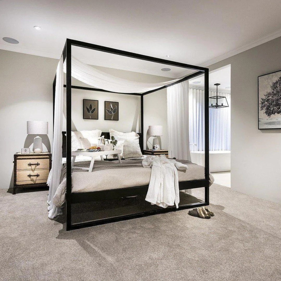 Strand 4 Poster Bed Black Various Sizes By Uniqwa Furniture Magnolia Lane