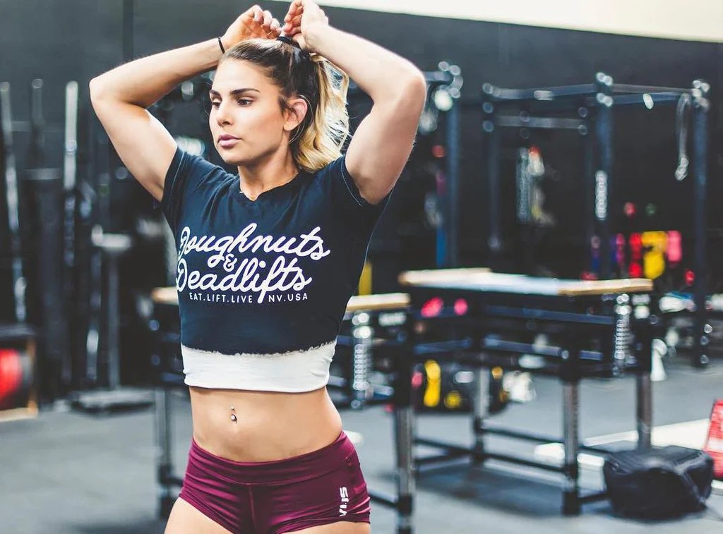 The Top 14 Hottest Female Crossfit Athletes To Watch At