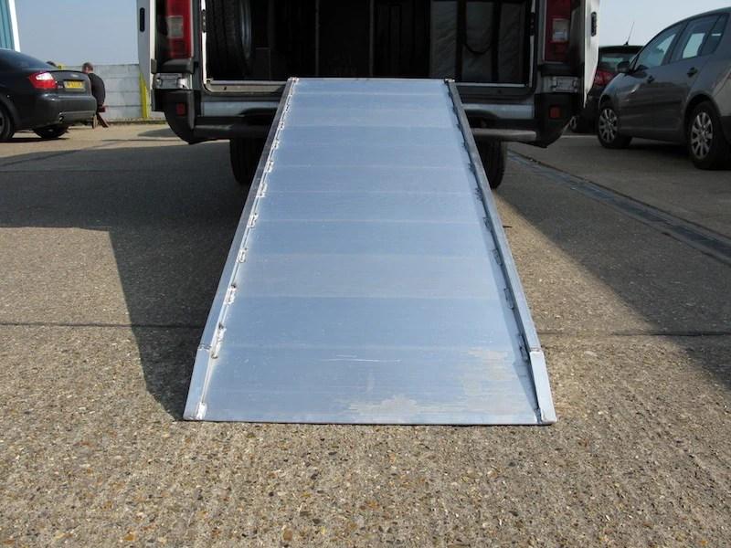 Van仔 輕重型用斜道 – 安記斜板