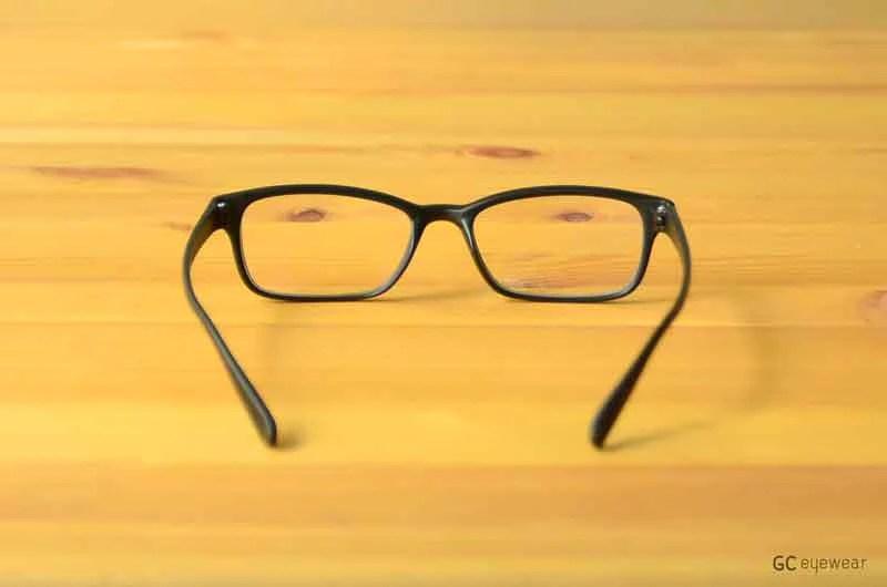 黑膠眼鏡鏡框-扁形窄框-TR-Bench ∕深受推薦的眼鏡品牌 - Geek Chic 宅時毛