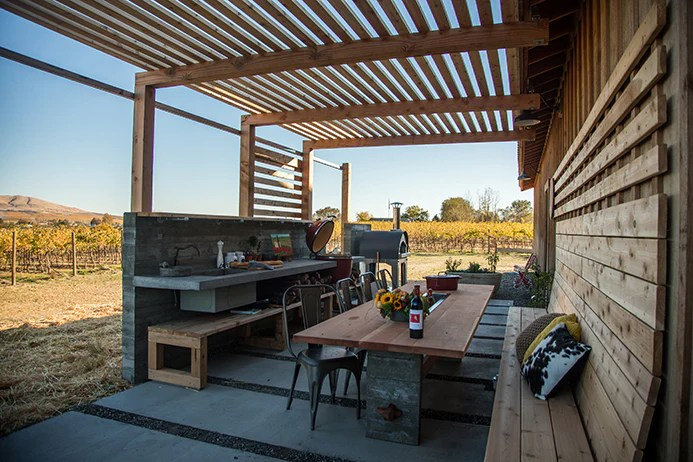 patio kitchen price pfister faucets upchurch vineyard