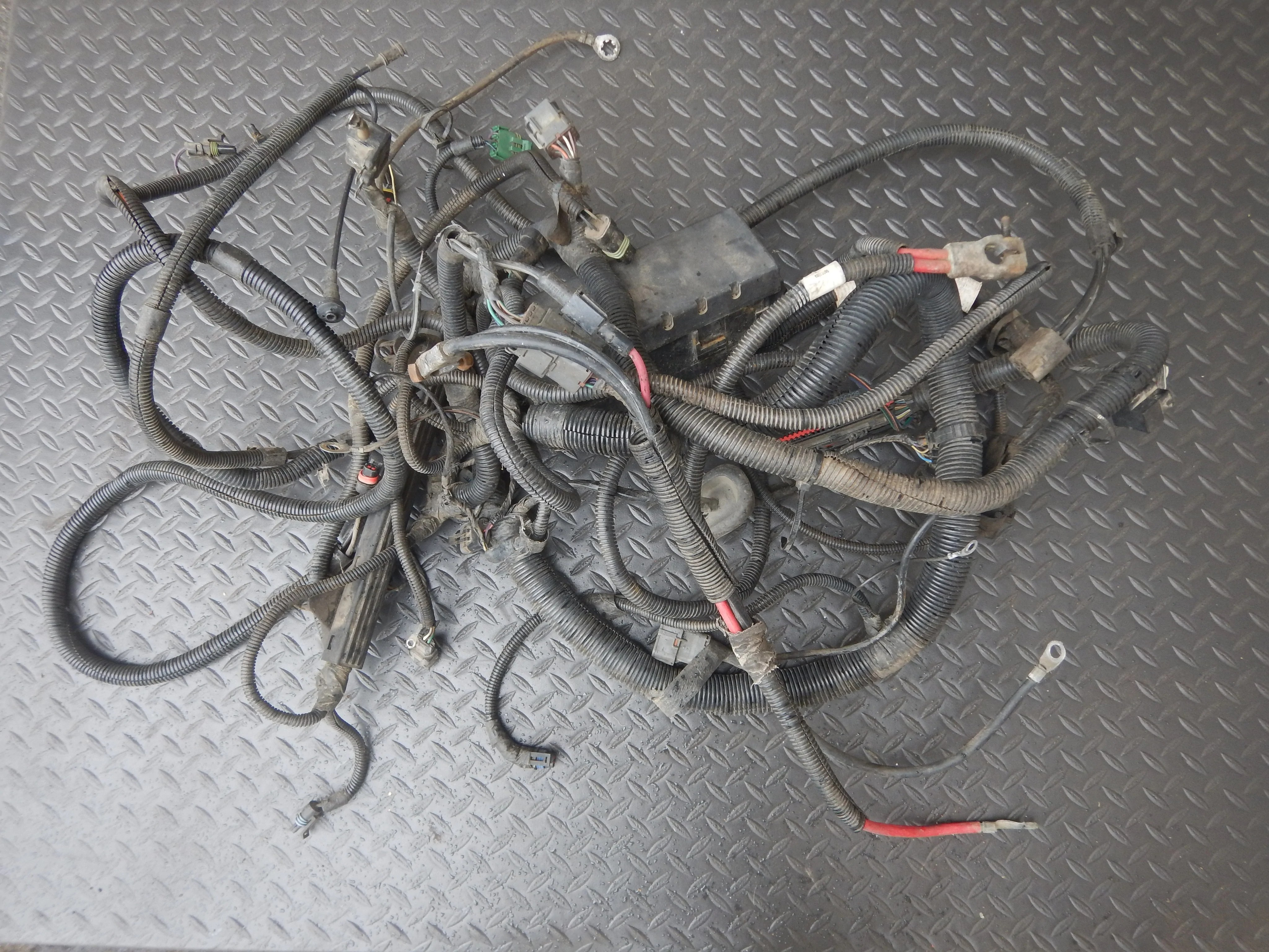hight resolution of 92 95 wrangler yj 2 5 4cyl engine wire harness mpi