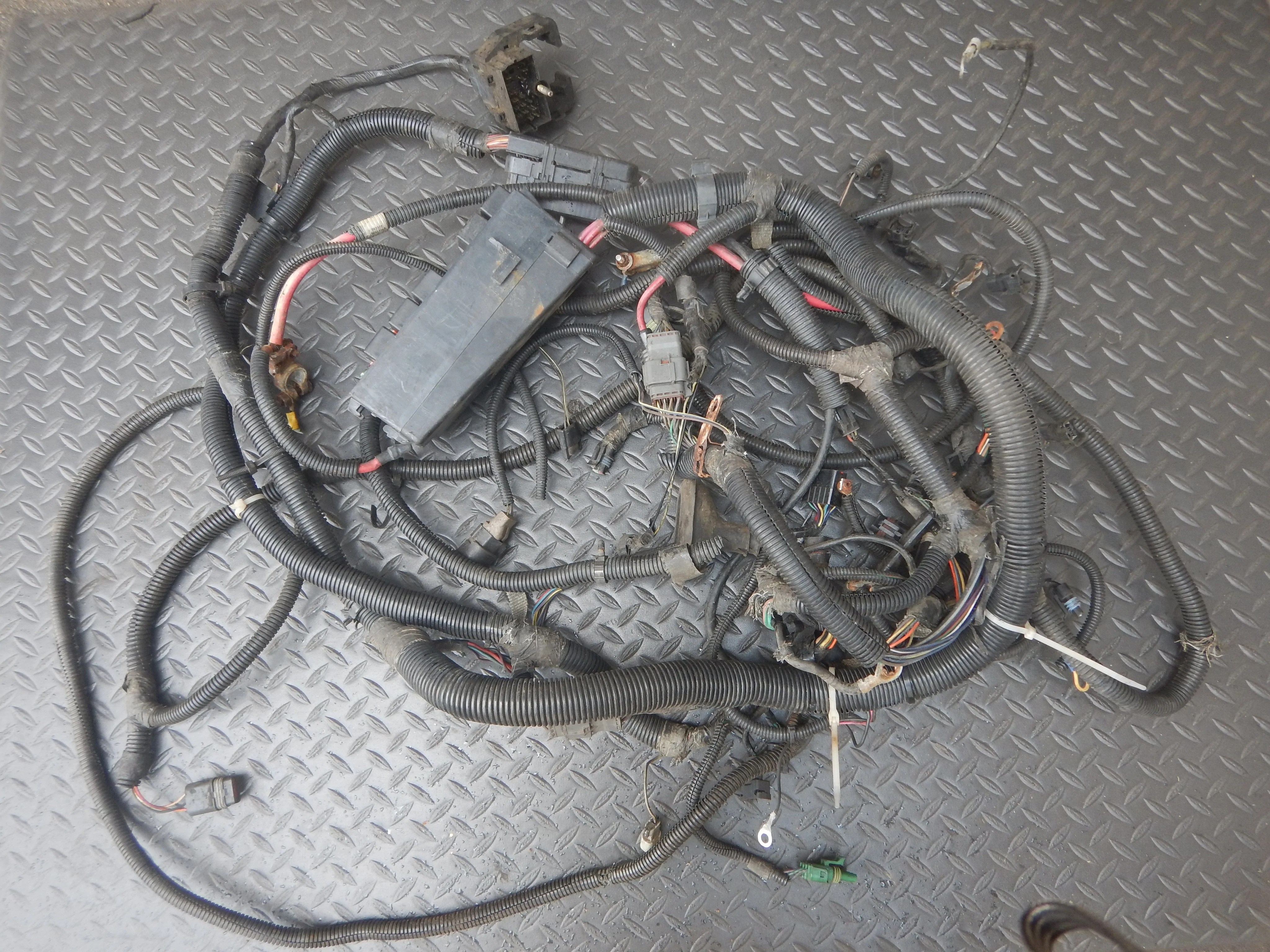 small resolution of efi wiring harness jeep wrangler wiring diagram fascinating jeep wrangler wiring harness disconnect efi wiring harness