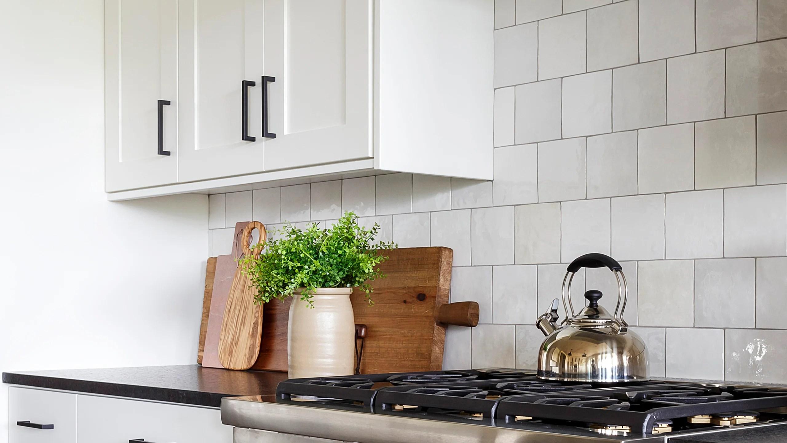 cloe white ceramic tile glossy