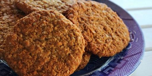 Gluten Free Anzac Biscuits - Happy Tummies