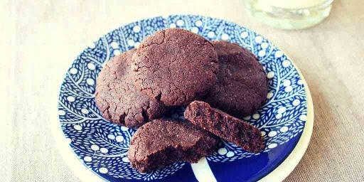 Gluten Free Chocolate Biscuits - Happy Tummies