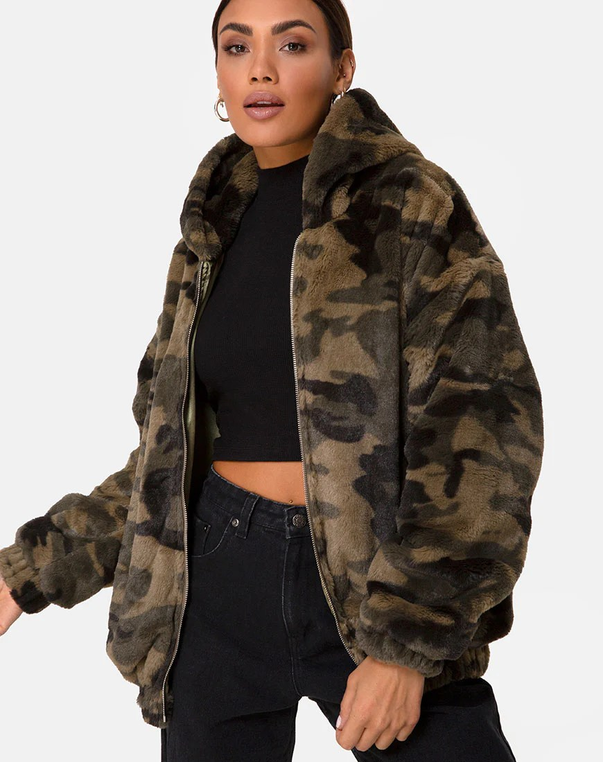 Emerson Jacket in Camo by Motel 1
