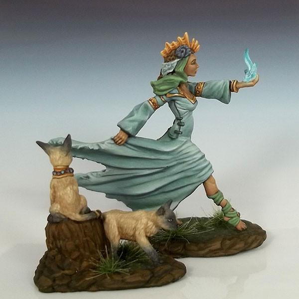 Dark Sword Miniatures Dsm7604 Female Mage With Cats 28mm