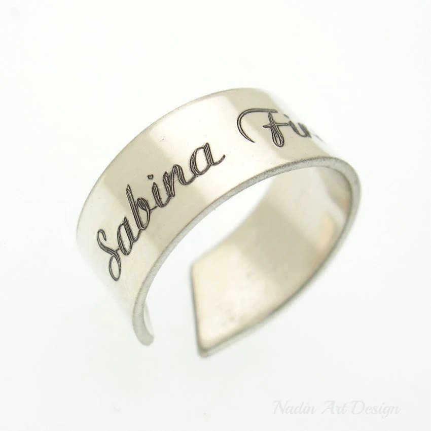 custom engravable ring for