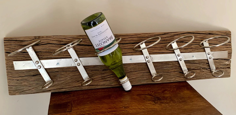 6 bottle reclaimed timber wall wine rack