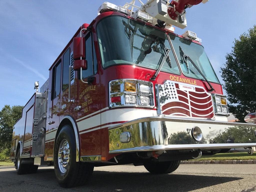 hight resolution of oceanville ferrara aerial ladder truck