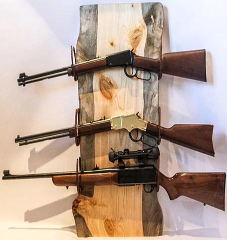 handmade rustic horseshoe pine wall gun rack no 056