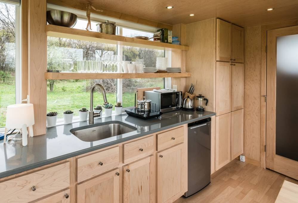 The Glass Tiny House Escape In The Hudson Valley Of New
