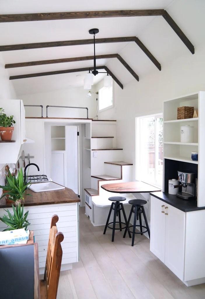 28 Coastal Craftsman Tiny House On Wheels By