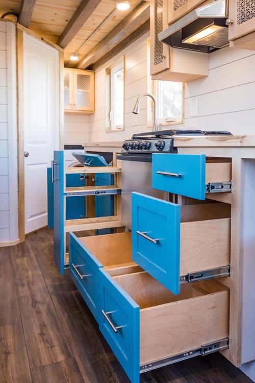20 Custom Tiny House On Wheels By Mitchcraft Tiny Homes