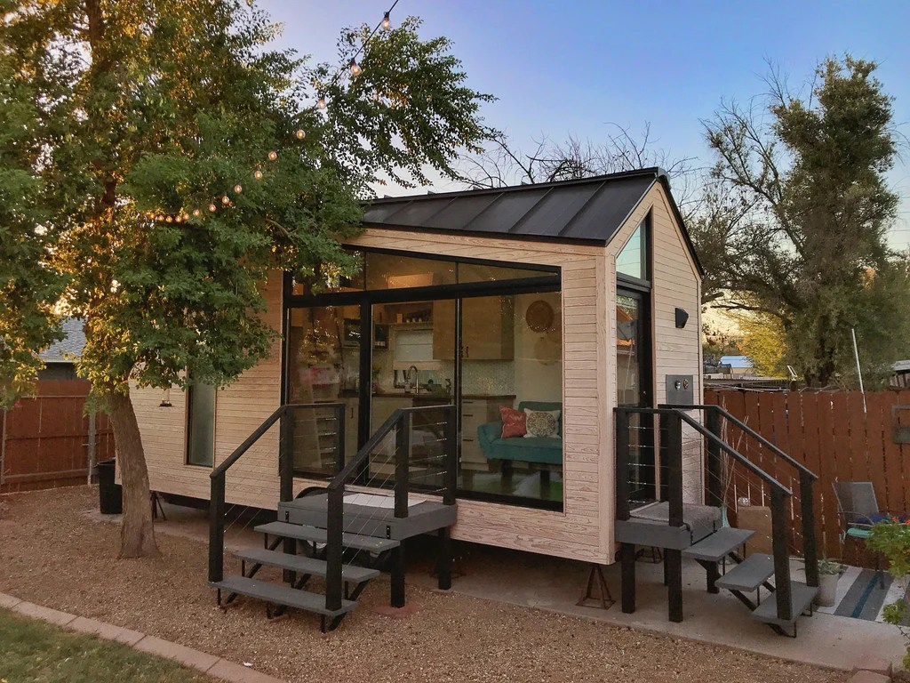 The Nest A 24 Tiny House Airbnb Rental In Phoenix