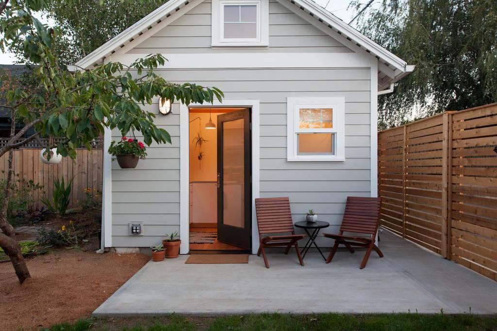Bright Airy Tiny House In Portland Oregon Dream Big